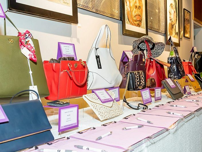 2018 YWCA Pursuit of Justice Purse Auction
